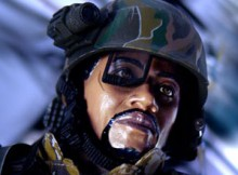 Hot Toys MMS 04 Aliens - USCM Sergeant Apone