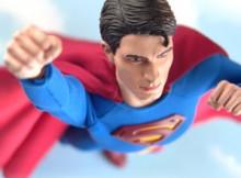 Hot Toys MMS 14 Superman Returns - Superman