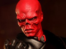 Hot Toys MMS 167 Captain America : TFA - Red Skull