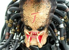Hot Toys MMS 18 AVP - Scar Predator (Ani-Com Exclusive)