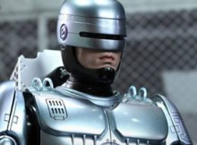 Hot Toys MMS 203 D05 Robocop w/ Mechanical Chair