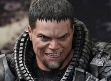 Hot Toys MMS 216 Man of Steel - General Zod