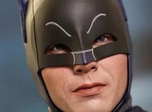 Hot Toys MMS 218 Batman 1966