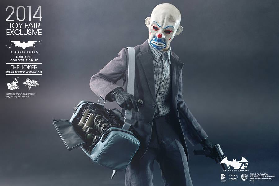 Hot Toysu0027 first 1/6th scale The Joker (Bank Robber Version) Collectible Figure has been sought after by collectors even up to today as ... & Hot Toys MMS 249 The Dark Knight u2013 The Joker (Bank Robber Version ...
