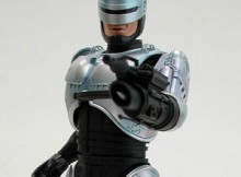 Hot Toys MMS 26 Robocop 3 w/ Gun Arm Version