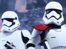 Hot Toys MMS 335 Star Wars : TFA - FO Stormtrooper Set