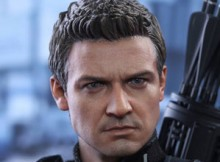 Hot Toys MMS 358 Captain America : Civil War - Hawkeye