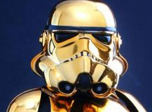 Hot Toys MMS 364 Star Wars - Stormtrooper Gold Chrome Version