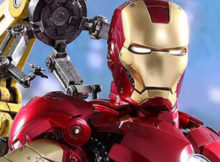 Hot Toys MMS 461, 462 Iron Man 2 : Mark IV with Suit-Up Gantry