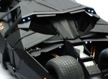 Hot Toys MMS 69 The Dark Knight - Batmobile (Tumbler)