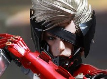 Hot Toys VGM 19 Metal Gear Rising : Revengeance - Raiden (Inferno Armor)