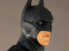 Hot Toys HTB 02 The Dark Knight - Batman 1:4 Scale Bust