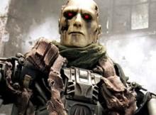 Hot Toys MMS 105 Terminator : Salvation - T-600 Endoskeleton (Weathered Rubber Skin)