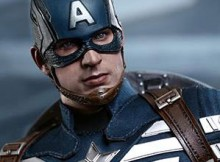 Hot Toys MMS 242 Captain America : TWS - Captain America (Stealth S.T.R.I.K.E. Suit)