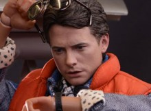 Hot Toys MMS 257 Back to the Future - Marty McFly