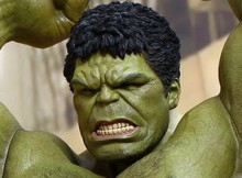Hot Toys MMS 287 Avengers : Age of Ultron - Hulk Deluxe Set