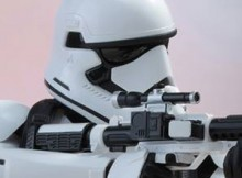 Hot Toys MMS 333 Star Wars : TFA - FO Stormtrooper (Jakku Exclusive)