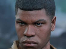 Hot Toys MMS 345 Star Wars : TFA - Finn