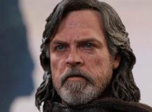 Hot Toys MMS 457, 458 Star Wars : TLJ - Luke Skywalker