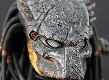 Hot Toys MMS 66 AVP:R - Wolf Predator (Cleaner Kit Version)