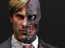 Hot Toys MMS 81 TDK - Harvey Dent / Two-Face