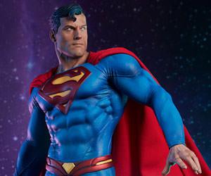 Superman DC Comics Premium Format(TM) Figure